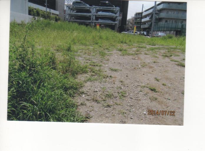 B小 墓地計画地跡に建ったマンションの北西側の土地.jpeg