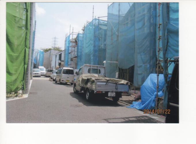 B小 墓地計画地跡に建設中の建売住宅2014.7.22.jpeg